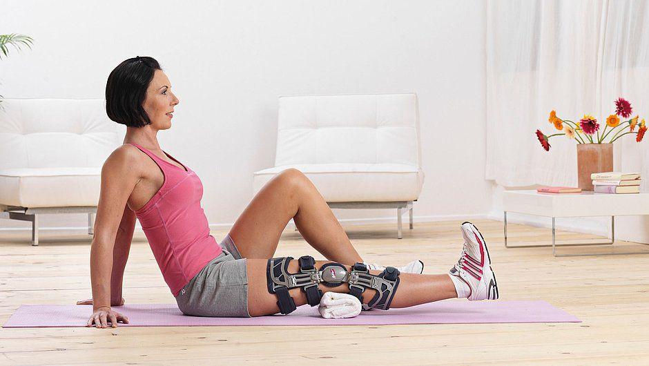 Ортез коленный жесткий регулируемый  для лечения остеоартроза с поражением одной стороны сустава Medi M.3 s OA