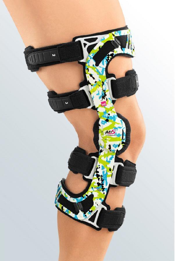 Бандаж для коленного сустава шарнирный 4-точечный Medi M.4s comfort